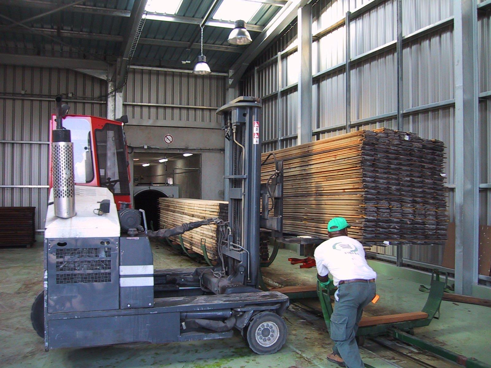 Traitement autoclave des bois.